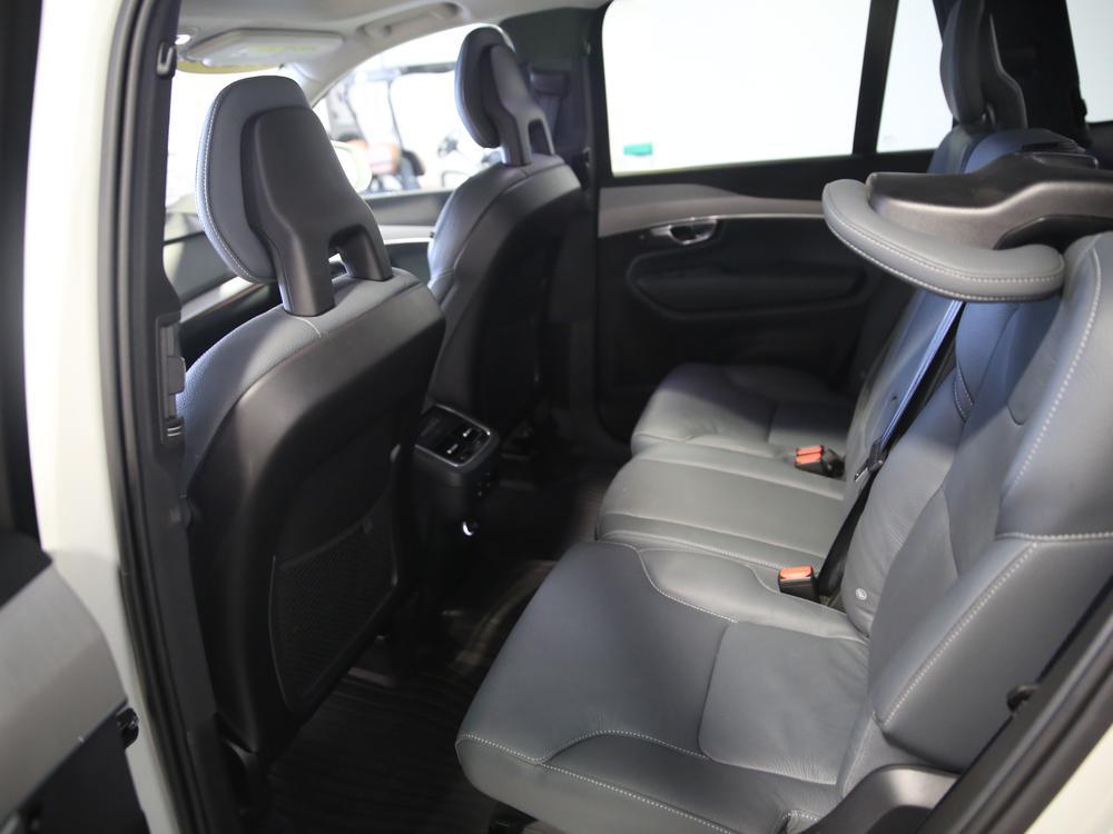 Volvo XC90 T6 AWD Momentum (7-Seat) 2020